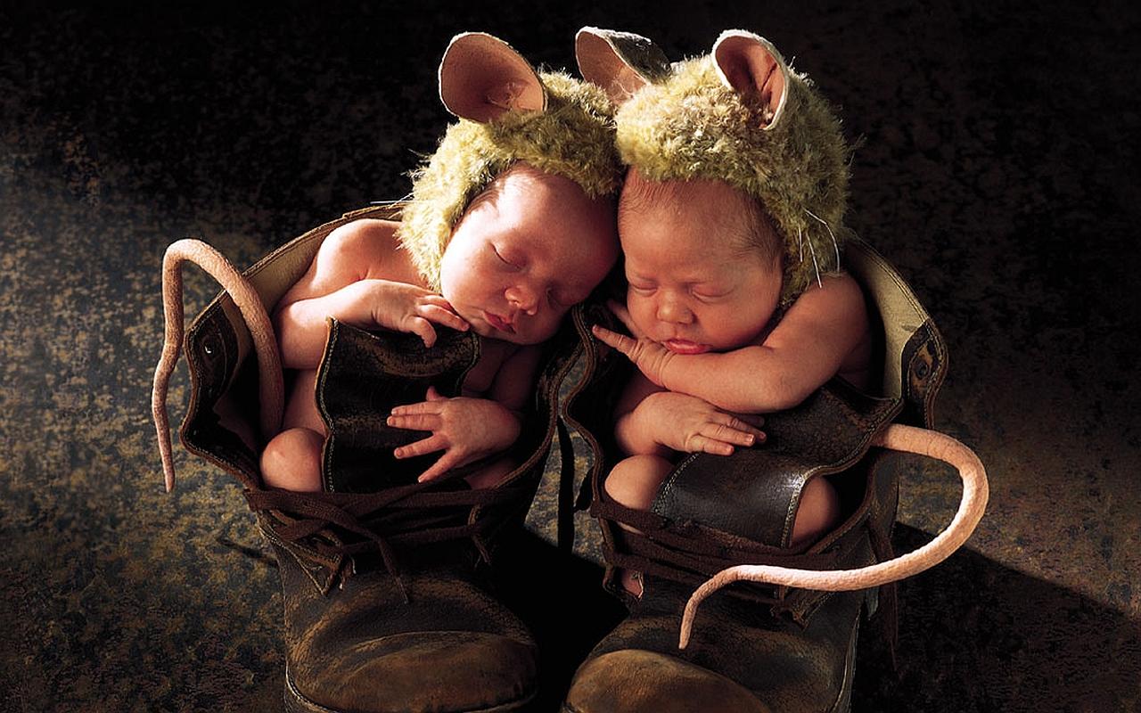 открытка близнецы они такие мужчины