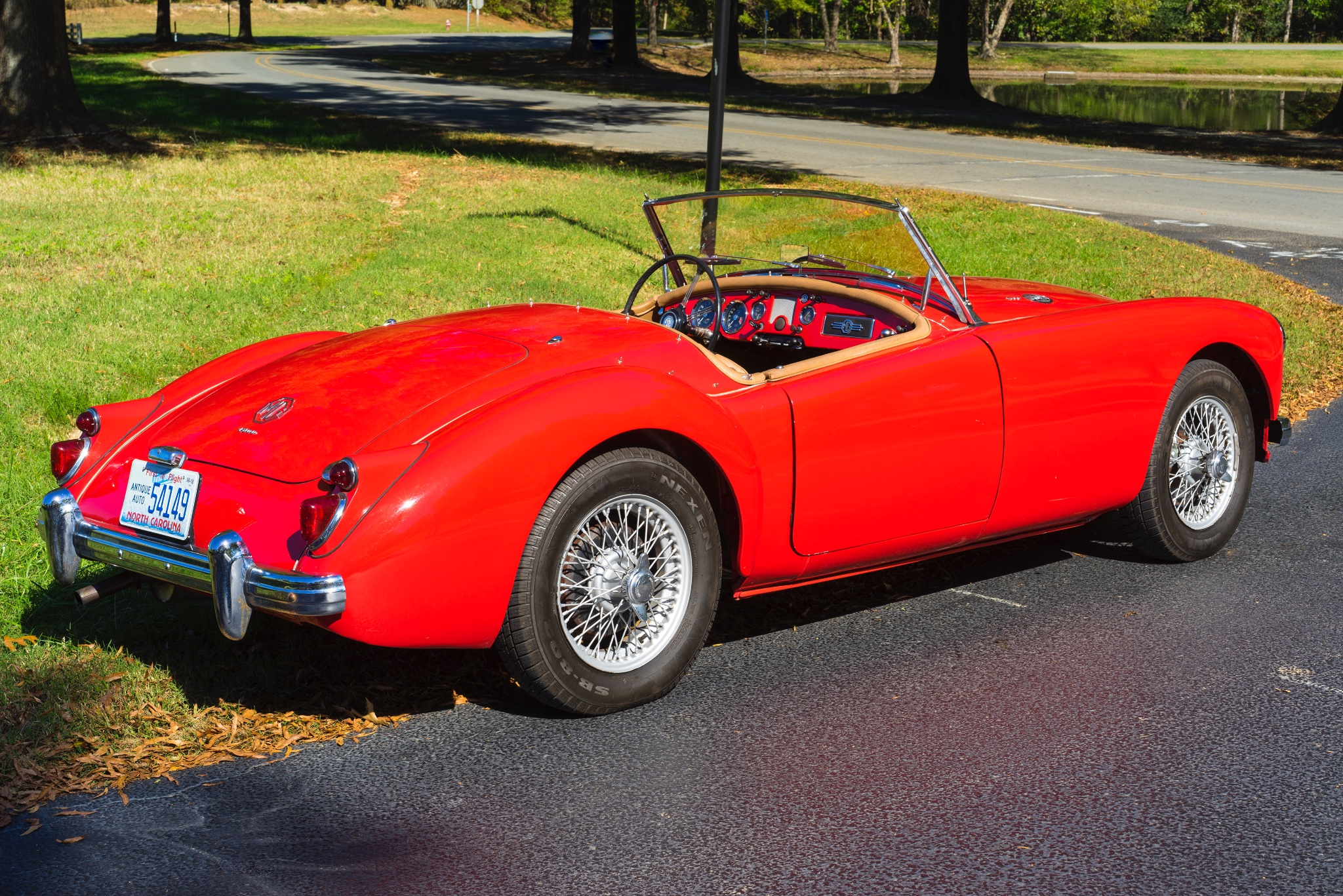 Preview MG MGA