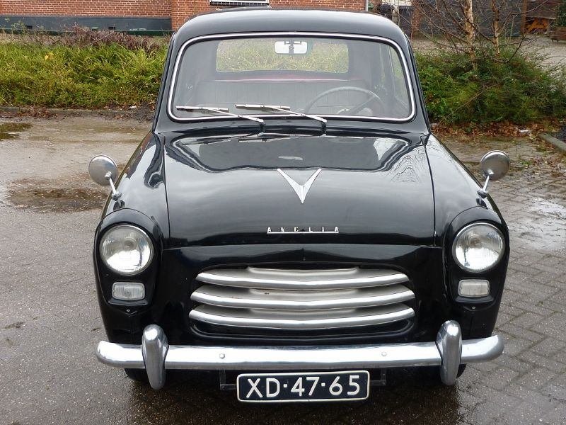 Preview Ford Anglia 100E