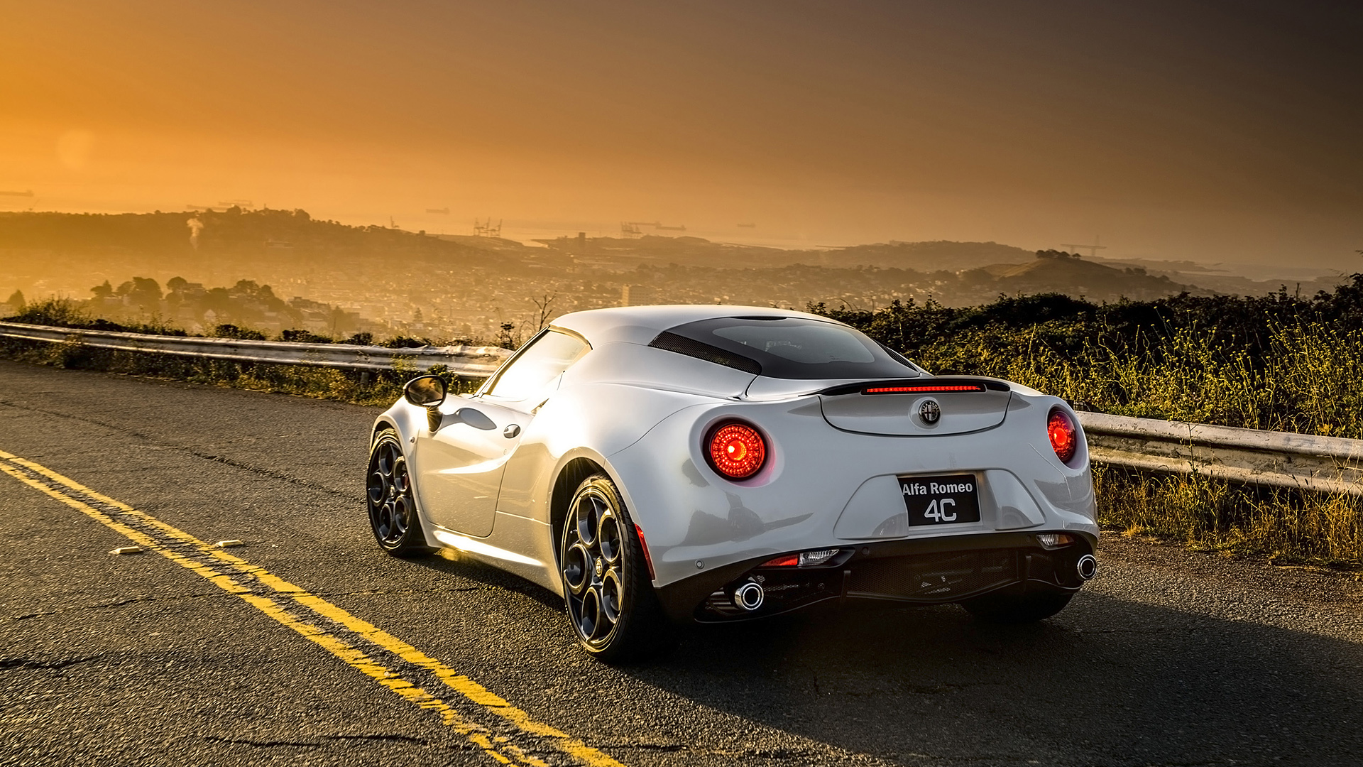 Preview Alfa Romeo 4C