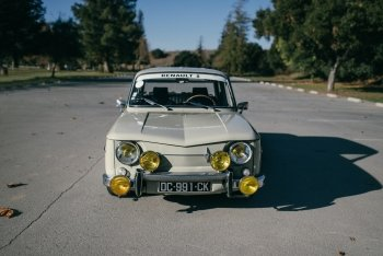Preview Renault 8