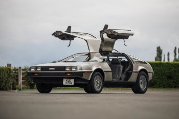 Preview DeLorean